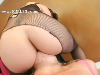 lezzs with sexy underware fisting anal