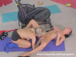 legal age teenager lesbians fuck in the gym